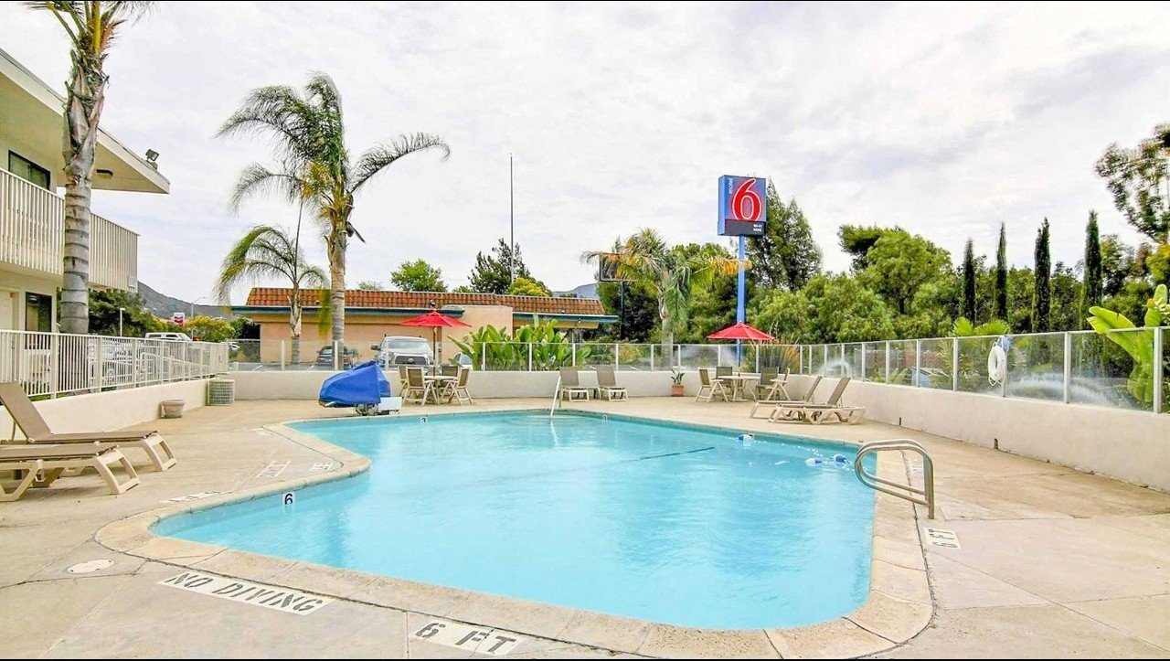 motel 6 buellton pool